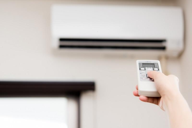 エアコンって付けっぱなしの方が電気代の節約って本当なの?
